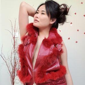 💯Christian Dior Vintage Red Faux Fur Leath…
